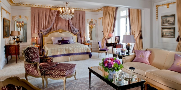 ROYAL PLAZA SUITE AT PLAZA HOTEL