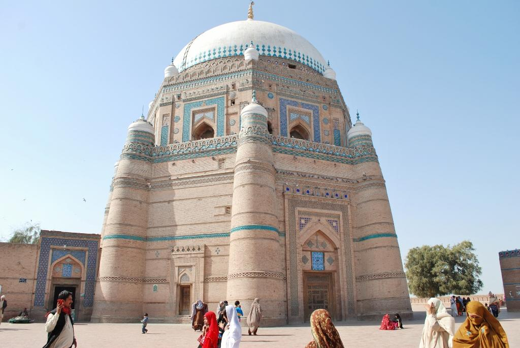 Photo of Top 5 Most Famous Sufi Shrines In Pakistan