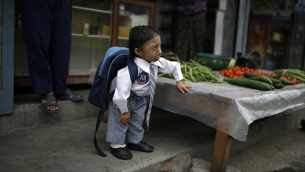 shortest People, Smallest man in the world