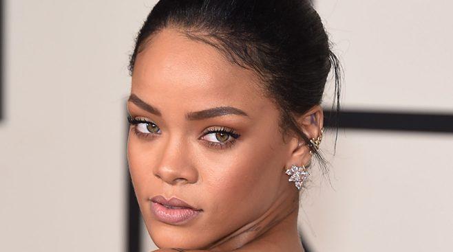 Sexiest 🌷 top celebrities 10 Sharing Community