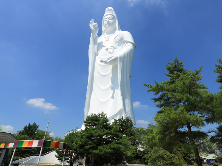 Top 10 Most Tallest Statues In The World, Sendai Daikannon is at no 6