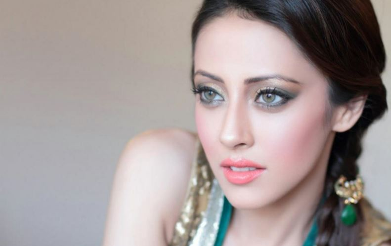 Top 10 Highest Paid Pakistani Actresses With Details 2