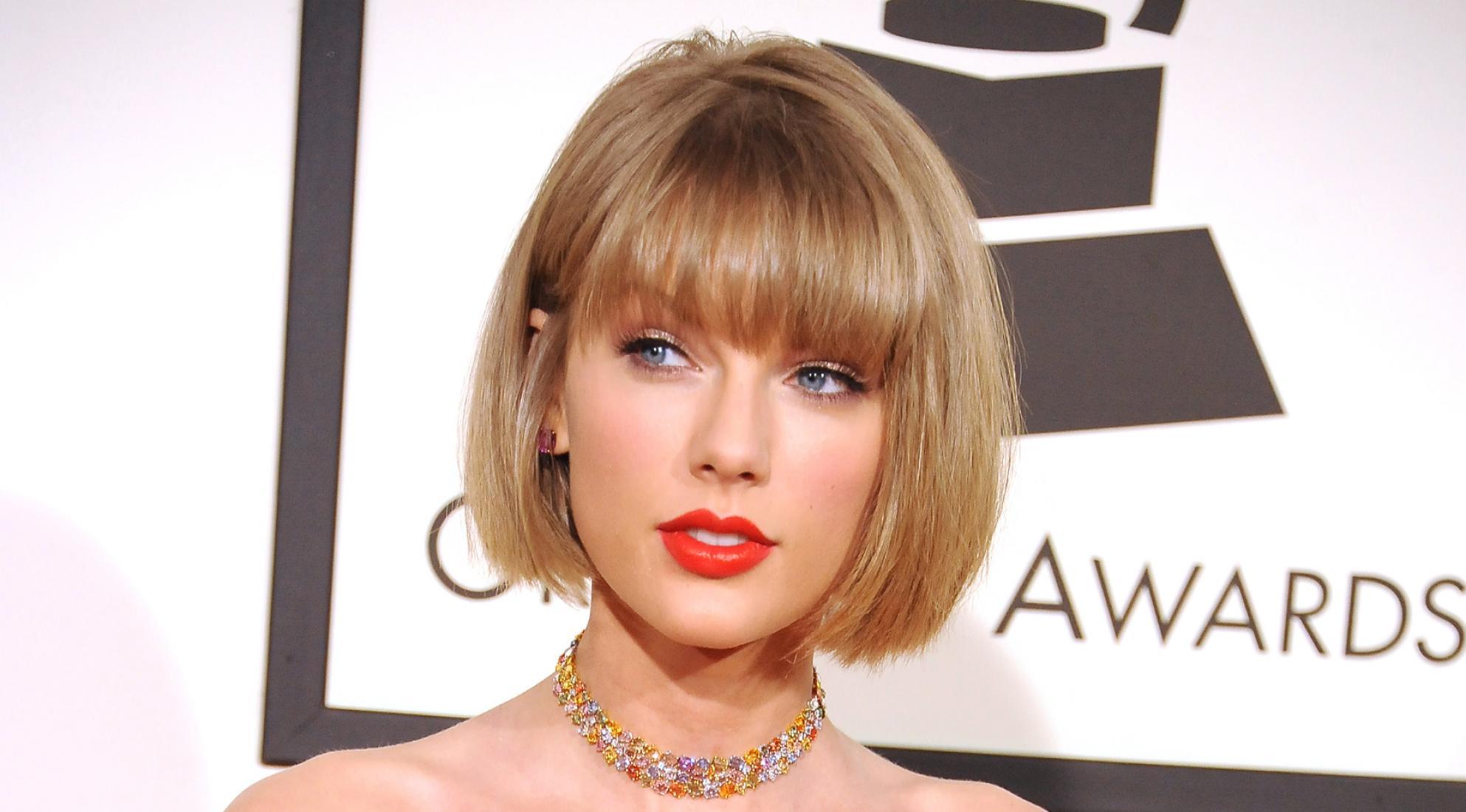 beautiful singer 2016