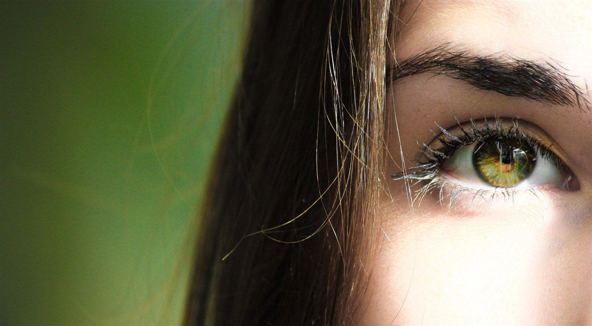Ways How To Draw Attention To Your Eyes