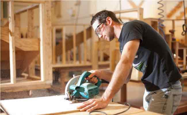 4 Tips To Choose A Carpenter Service