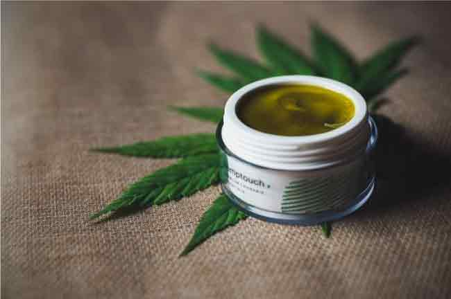 Top Best Weed Cosmetics For Daily Use