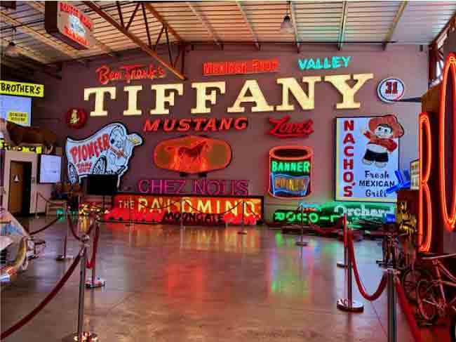 Top 10 Most Iconic Neon Light Signs And Displays 2020
