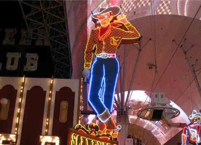 Top 10 Most Iconic Neon Light Signs And Displays In The World 2021